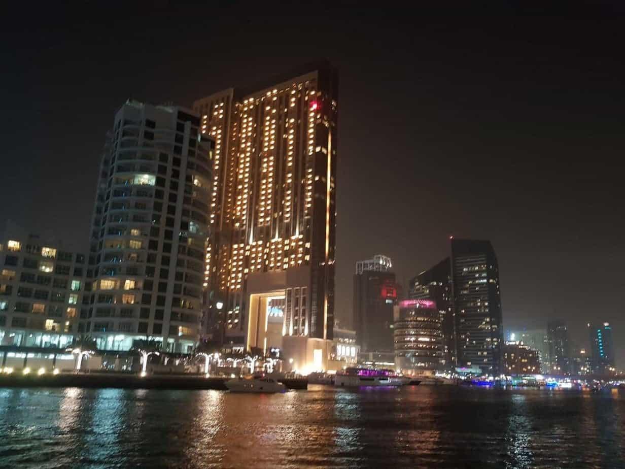 Отзывы о работе в Дубаи