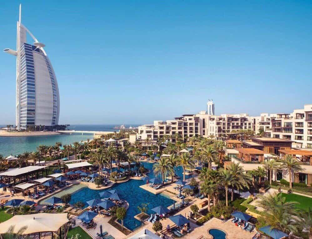 Работа в клубе в Дубае